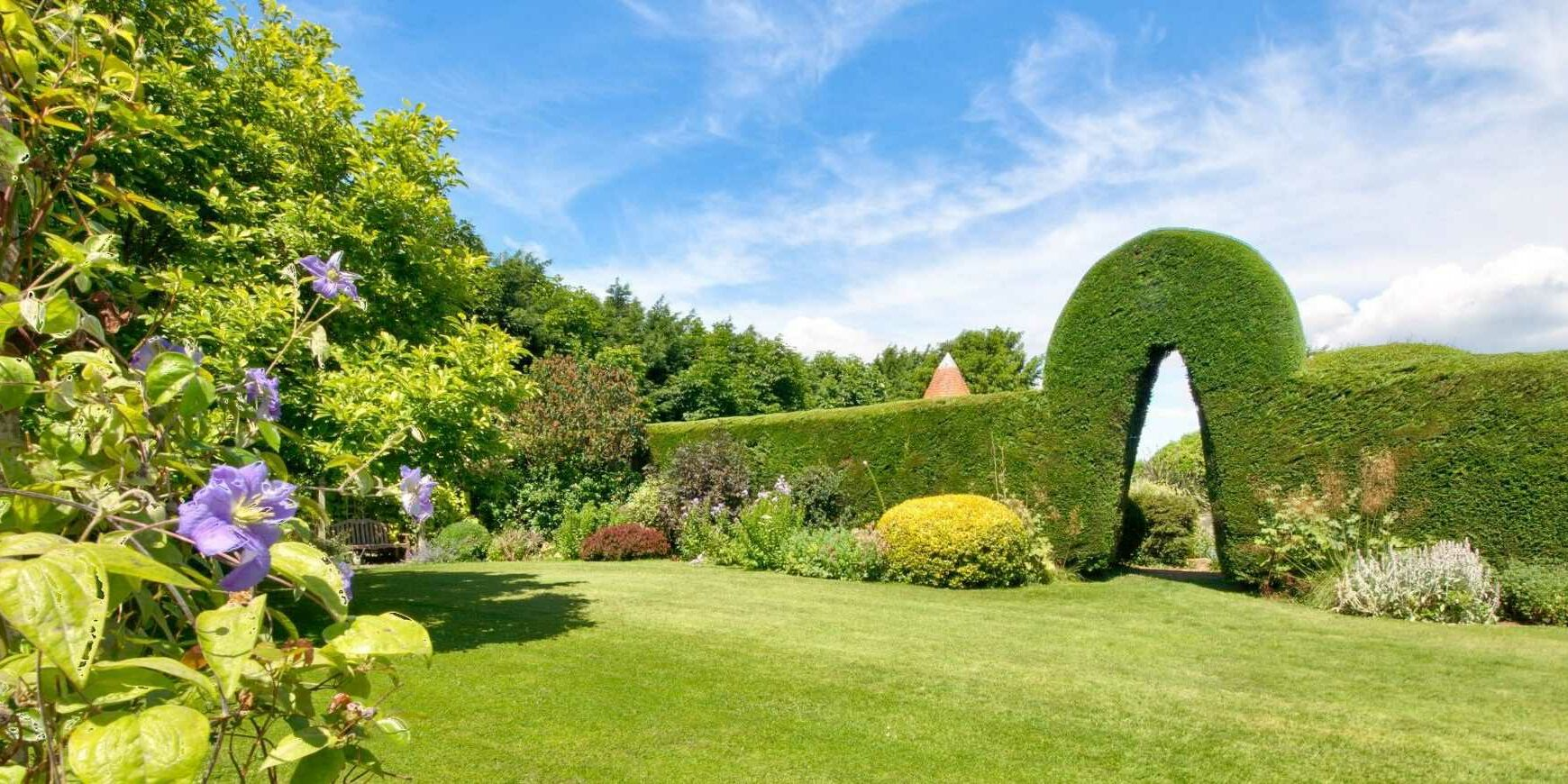 grounds and gardens at Shalfleet Manor Isle of Wight